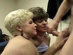 Multiple cums on face with same homemade mature
