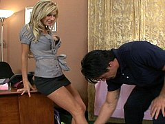 Erotic boss Kendall Brooks gets penetrated