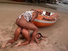 Brazilian Floozy Acquires Anal penetration Sex Outdoors In The Beach By a Big black dick