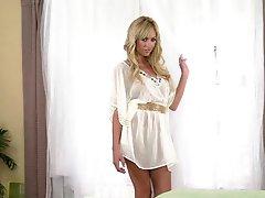Astonishingly Gorgeous Blonde Fantastic In Solo Solo scene Vid