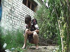amateur cutie pissing outdoor