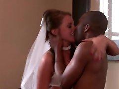 Slutty Bride Has Animalistic fucking Sex With A Big Ebony dick