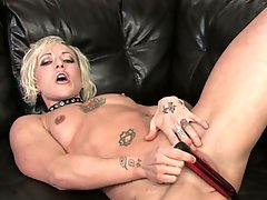 See this hot golden-haired milf undress and masturbate in hd