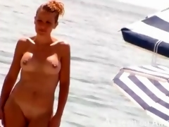 Amateur girls filmed at the nude beach