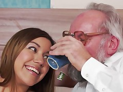 Brunette removes their way garments and then an old chap penetrates their way cunt