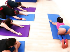 Anal Yoga classes from Jynx