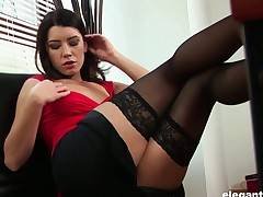 X enchase Betty enjoys masturbating her shaved pussy in a catch office