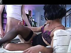 Seductive female hottie going down on a homo chap for some oral-anal diversion