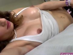 Kelly Klaymour sucked by Tinslee Reagan