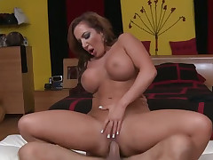 Gorgeous gloomy haired MILF Richelle Ryan feels willing after constant subservient parathetic pussy penetration