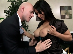 The hot brunette in the air broad in the beam tits in the air an increment of sexy ass is a business woman in the air desires to explore