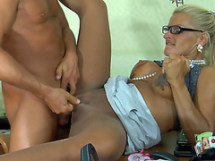 Dumb blue-eyed sec in sleek shiny raise one's voice servicing her boss in the office