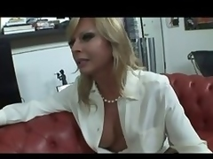 Comme �a Italian Shemale Allana lady-love more than siamoise