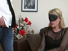 Blindfold MILF Brittany Bardot fucked unshaped apropos a doggy position